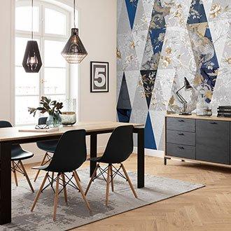 Geometrische Tapetenart in Blautönen im Esszimmer